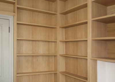 Bookcase, oak finish